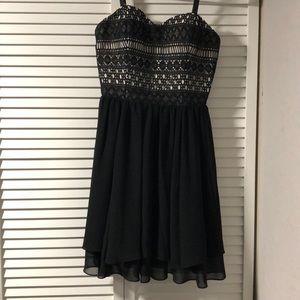 Guess Los Angeles Dress. Black Spaghetti Strap